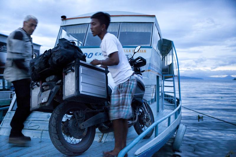 la moto à bord
