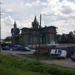 Sur la route de Nijni-Novgorod - La maison de la famille Adams